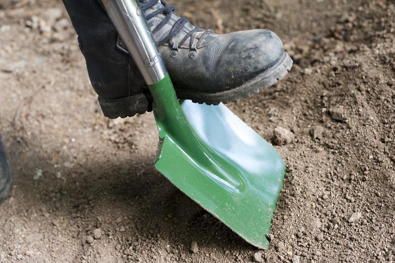Garden_shovel
